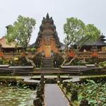 博物館でインドネシアの旅