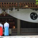 shrine-801609_1920